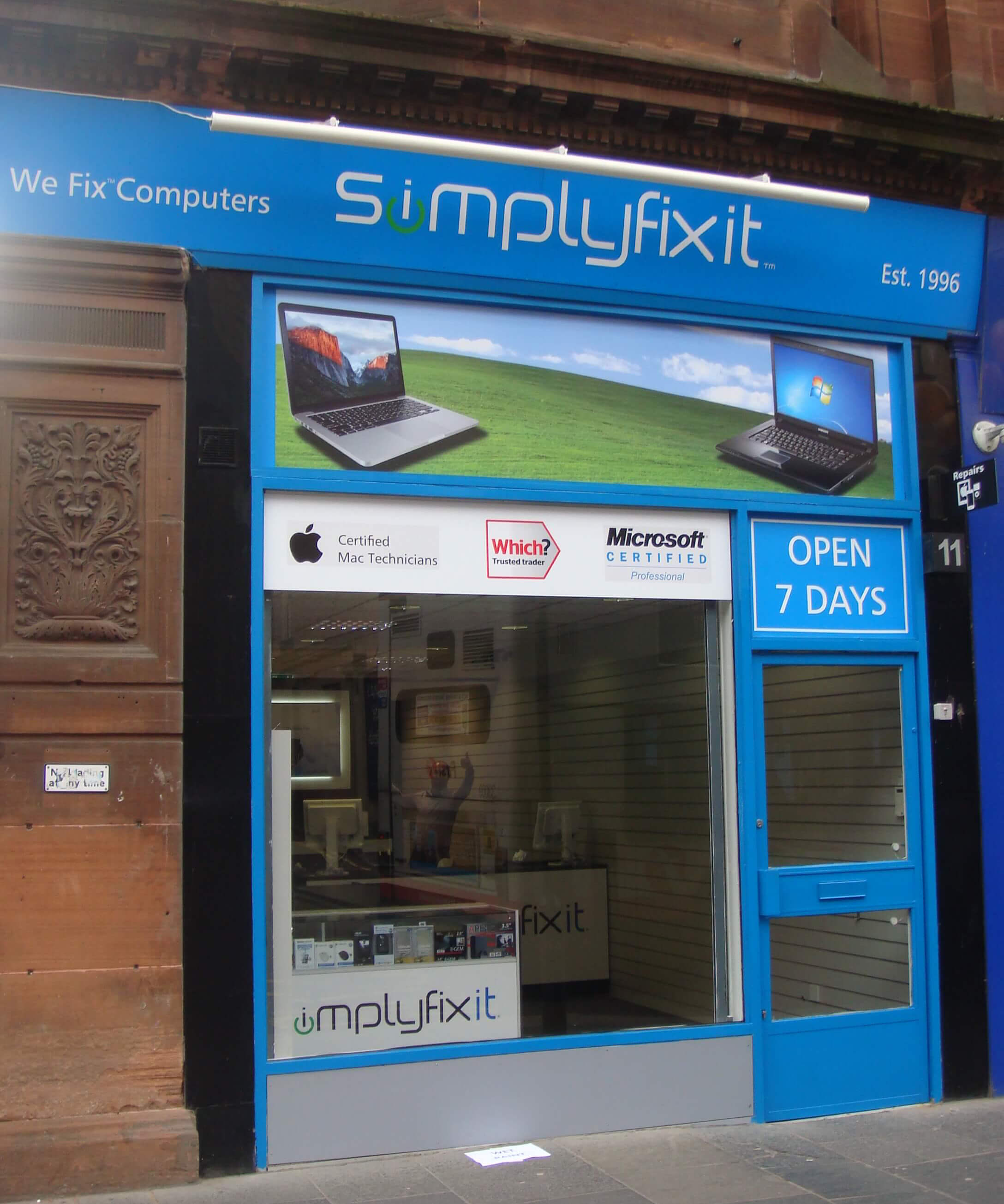 SimplyFixIt at Bath Street, Glasgow.